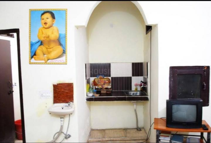 साई पीजी इन सेक्टर 17 के किचन की तस्वीर
