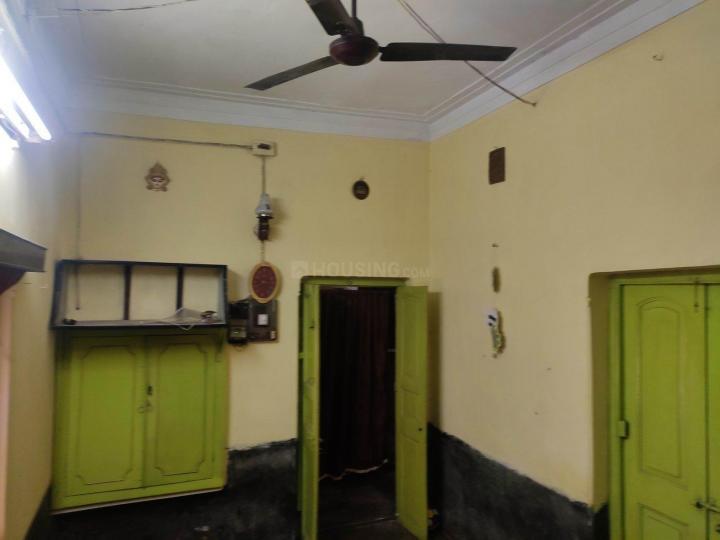डनलॉप में बॉइज़ एंड गर्ल्स पीजी में लिविंग रूम की तस्वीर