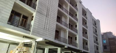 Gallery Cover Image of 600 Sq.ft 1 BHK Independent Floor for buy in Vinayak Apartment Sector 62, Sector 62 for 1700000