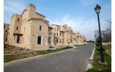 Gallery Cover Image of 6400 Sq.ft 5 BHK Villa for buy in Emaar Marbella, Sector 66 for 65000000