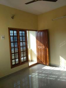 Gallery Cover Image of 1000 Sq.ft 2 BHK Independent House for rent in Vengaivasal for 10000