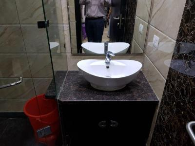 Bathroom Image of PG 6390139 Lajpat Nagar Iii in Lajpat Nagar