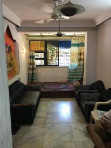 Gallery Cover Image of 500 Sq.ft 1 BHK Apartment for rent in Juhu for 50000