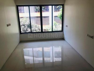 Gallery Cover Image of 1050 Sq.ft 2 BHK Apartment for rent in Parel for 60000