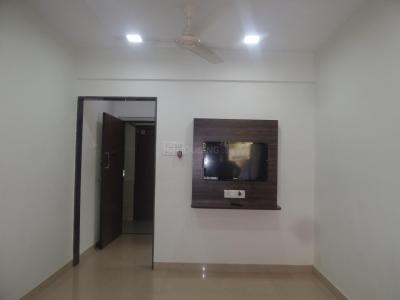 Gallery Cover Image of 650 Sq.ft 1 BHK Apartment for rent in Jogeshwari West for 43000