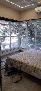 Gallery Cover Image of 1150 Sq.ft 3 BHK Apartment for buy in Hemani Login, Kandivali West for 28500000