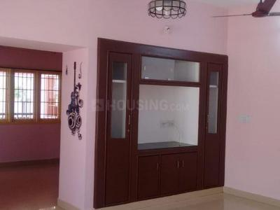 Gallery Cover Image of 1800 Sq.ft 2 BHK Independent Floor for rent in Velachery for 18000