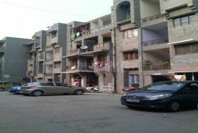 Gallery Cover Image of 720 Sq.ft 2 BHK Apartment for buy in DDA New MIG Flats, Mayur Vihar Phase 3 for 9300000
