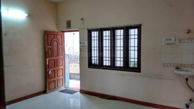 Gallery Cover Image of 1100 Sq.ft 2 BHK Independent House for rent in Iyyappanthangal for 9509