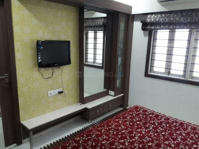 Gallery Cover Image of 1350 Sq.ft 2 BHK Apartment for buy in Dev Auram, Gota for 6400000