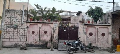 Gallery Cover Image of 2000 Sq.ft 3 BHK Independent House for buy in Punjabi Bagh for 9000000