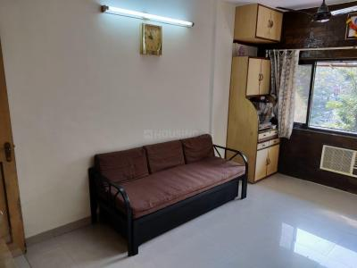 Gallery Cover Image of 525 Sq.ft 1 BHK Apartment for buy in Raj Ratna Housing Society, Borivali West for 10000000