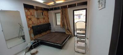 Gallery Cover Image of 650 Sq.ft 1 BHK Apartment for rent in Bandra West for 50000