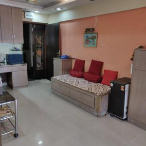 Gallery Cover Image of 400 Sq.ft 1 RK Apartment for buy in Dadar East for 12000000