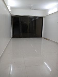 Gallery Cover Image of 1100 Sq.ft 2 BHK Apartment for rent in Ghatkopar East for 40000