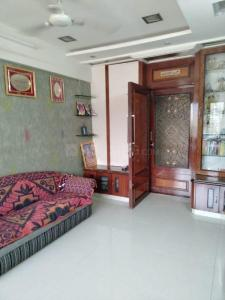 Gallery Cover Image of 610 Sq.ft 1 BHK Apartment for buy in Himalaya Apartment, Worli for 25000000