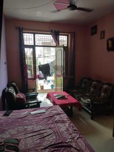 Gallery Cover Image of 1250 Sq.ft 2 BHK Independent Floor for buy in Modipuram for 2400000