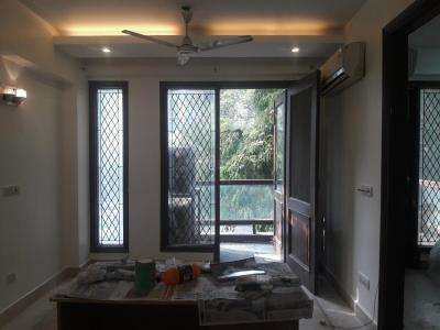 Gallery Cover Image of 1350 Sq.ft 3 BHK Independent Floor for buy in Safdarjung Enclave for 26000000