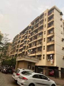 Gallery Cover Image of 900 Sq.ft 2 BHK Apartment for rent in Sheth Vasant Sagar, Kandivali East for 35000
