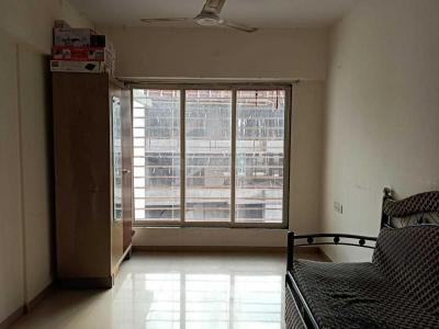 Gallery Cover Image of 630 Sq.ft 1 BHK Apartment for rent in Tulip Apartments Bindra Complex, Andheri East for 31000