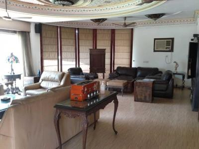 Gallery Cover Image of 9000 Sq.ft 5 BHK Independent Floor for rent in DLF Farms for 400000