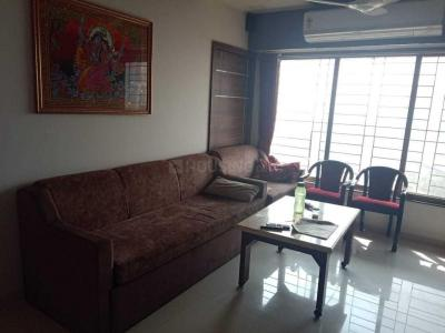 Gallery Cover Image of 850 Sq.ft 2 BHK Apartment for buy in Mulund East for 16500000