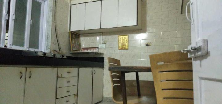 जोगेश्वरी ईस्ट में मुंबई पीजी के किचन की तस्वीर