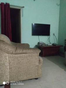 Gallery Cover Image of 620 Sq.ft 1 BHK Independent Floor for rent in Nayandahalli for 88888