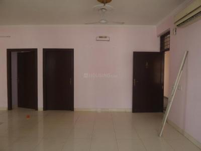 Gallery Cover Image of 2400 Sq.ft 4 BHK Apartment for buy in Sector 54 for 16500000