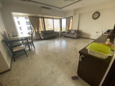 Gallery Cover Image of 950 Sq.ft 2 BHK Apartment for buy in Vile Parle West for 40500000