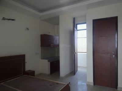 Gallery Cover Image of 350 Sq.ft 1 RK Apartment for rent in Sector 54 for 14000
