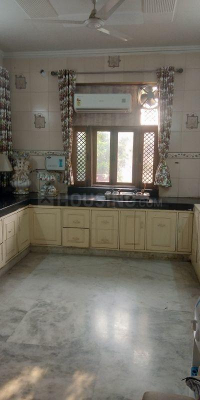 Kitchen Image of 4500 Sq.ft 3 BHK Independent Floor for rent in Sector 14 for 45000