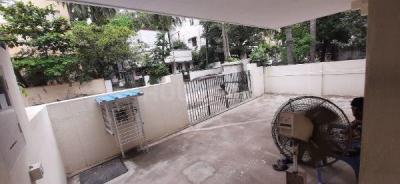 Gallery Cover Image of 5000 Sq.ft 5 BHK Independent House for buy in Velachery for 60000000