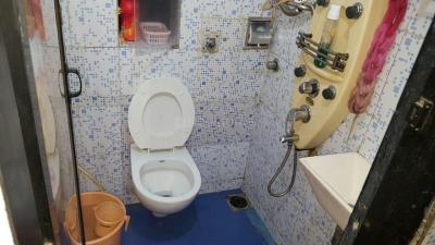 Common Bathroom Image of PG 5081950 Malad West in Malad West