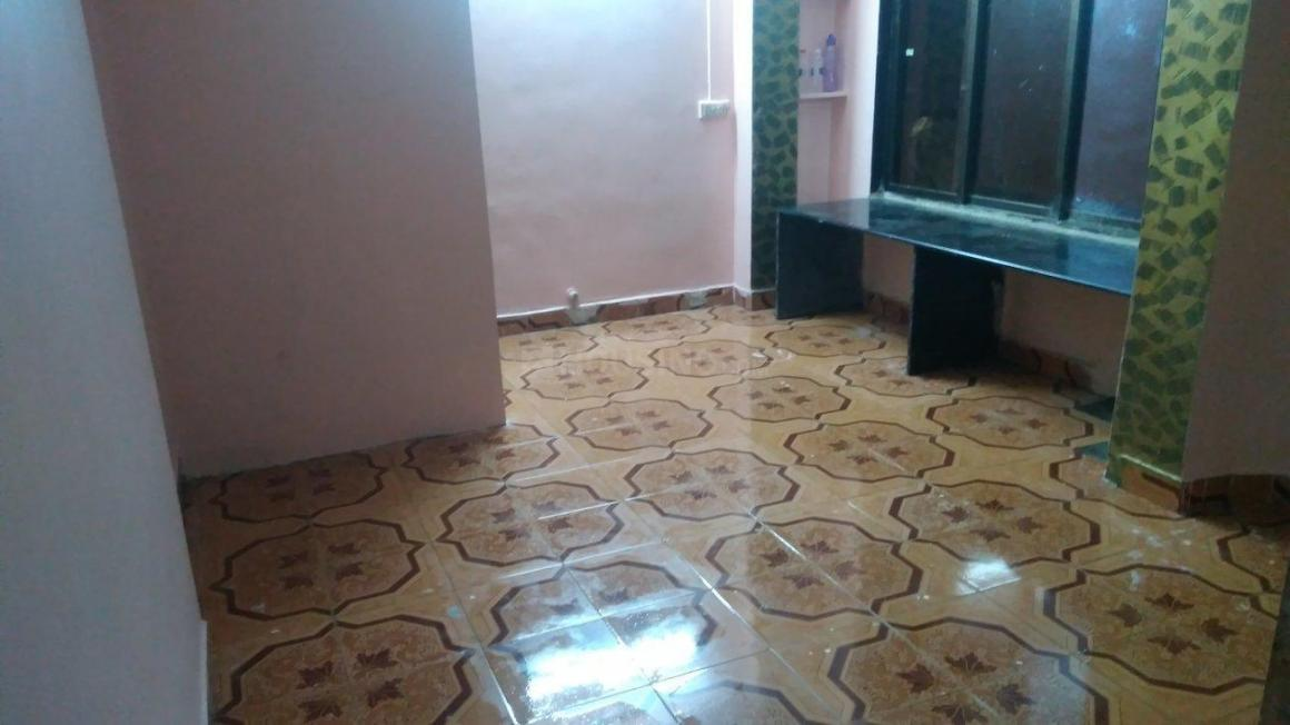 Living Room Image of 540 Sq.ft 1 BHK Apartment for rent in Andheri West for 5500