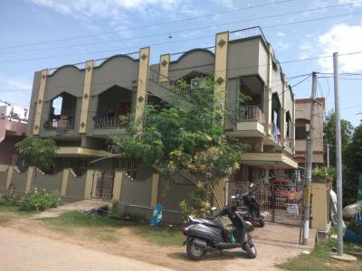 Gallery Cover Image of 2400 Sq.ft 4 BHK Independent House for buy in Radha Krishna Nagar Colony for 16000000