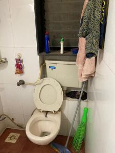 Common Bathroom Image of PG 4955828 Andheri West in Andheri West