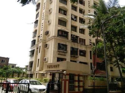 Gallery Cover Image of 580 Sq.ft 1 BHK Apartment for buy in Powai for 10500000