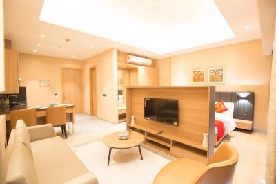 Gallery Cover Image of 870 Sq.ft 1 BHK Apartment for buy in Paras Square, Sector 59 for 10000000