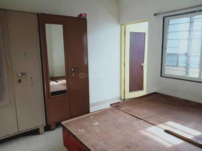 Gallery Cover Image of 950 Sq.ft 2 BHK Apartment for rent in Vishrantwadi for 15000