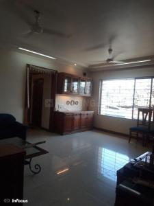 Gallery Cover Image of 965 Sq.ft 3 BHK Apartment for rent in Kandivali West for 50000