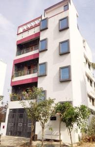 Gallery Cover Image of 2500 Sq.ft 8 BHK Independent House for buy in HBR Layout for 34000000