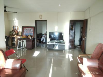 Gallery Cover Image of 1500 Sq.ft 2 BHK Apartment for rent in Borivali West for 45000