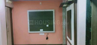कांदिवली ईस्ट  में 15000  किराया  के लिए 350 Sq.ft 1 RK अपार्टमेंट के गैलरी कवर  की तस्वीर