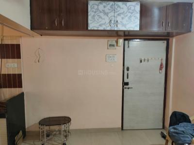 Gallery Cover Image of 350 Sq.ft 1 RK Apartment for rent in Trimurti, Dadar West for 25000
