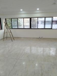 Gallery Cover Image of 1700 Sq.ft 3 BHK Apartment for rent in Dadar West for 125000