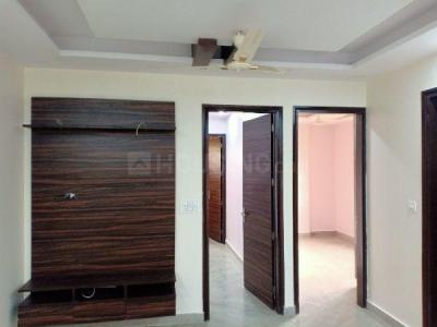 Gallery Cover Image of 950 Sq.ft 3 BHK Independent Floor for buy in Shalimar Bagh for 11000000