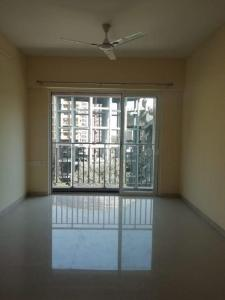 Gallery Cover Image of 740 Sq.ft 1 BHK Apartment for buy in Wadhwa Evergreen Heights, Kalwa for 6900000