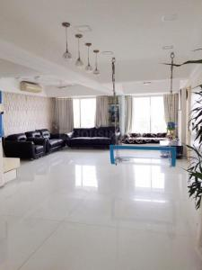 Gallery Cover Image of 2100 Sq.ft 3 BHK Apartment for buy in Tardeo for 75000000