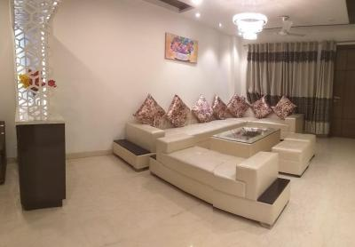 Gallery Cover Image of 2700 Sq.ft 4 BHK Independent Floor for rent in Punjabi Bagh for 72000